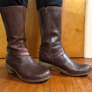 MERRELL MID-CALF LEATHER BOOTS